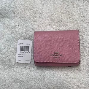 Coach BRAND NEW small wallet